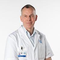 Dr.    Raijmakers