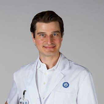 Dr.  Voormolen