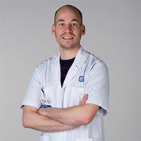 Dr.   Brinkman