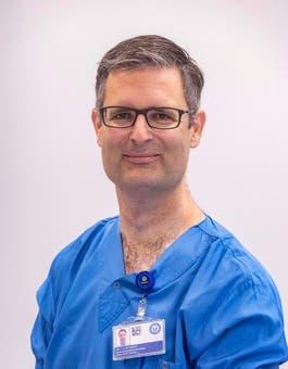 Dr.  de Groot