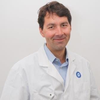 Dr.    Swart
