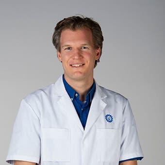 Dr. M. Versteylen