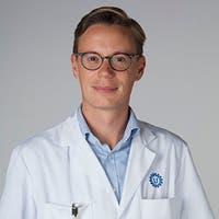 Dr.  van der Leeuw