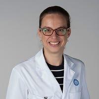 Dr.   Hof
