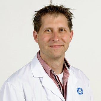 Dr.    Breur