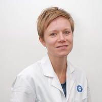 Dr.   Bartels