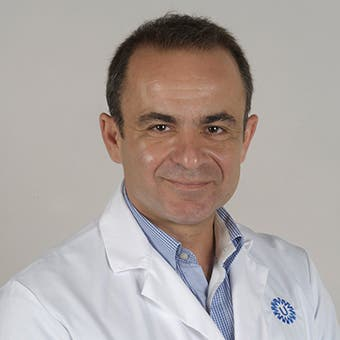 Dr.   Tsachouridis