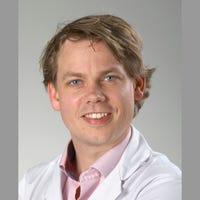 Dr.    Janssen