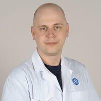 Dr.   Brandsma