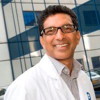 Dr.    Nathoe