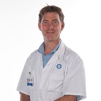 Dr.    Kruyt