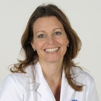 Dr.    Cohen de Lara