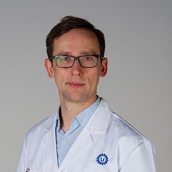 Dr.   Szymanski
