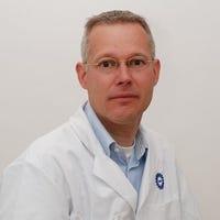 Dr.    Schweizer