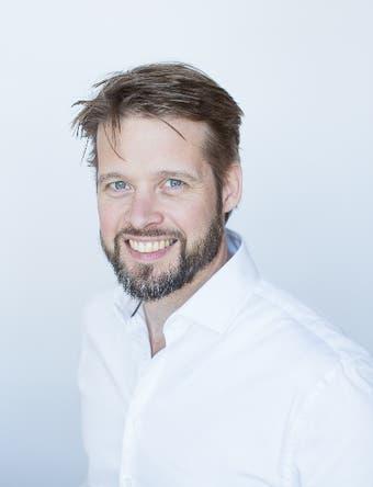 Dr.   van  Eijsden