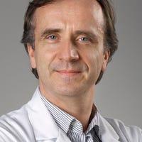 Dr.    Tuinenburg
