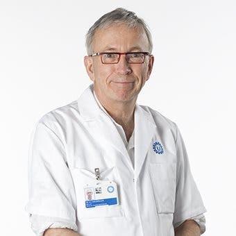 Dr.  van Erpecum
