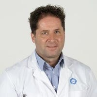 Dr.   Krings