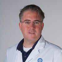 Dr.  de Maat