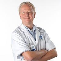 Dr.    Schreuder