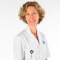 Dr.    Kroes