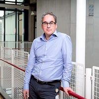 Prof.dr.   Bonten