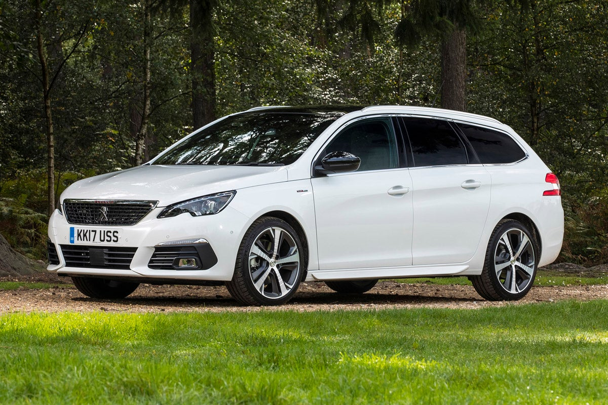 Peugeot 308 SW Right Front View