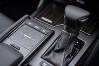 Lexus ES gearstick