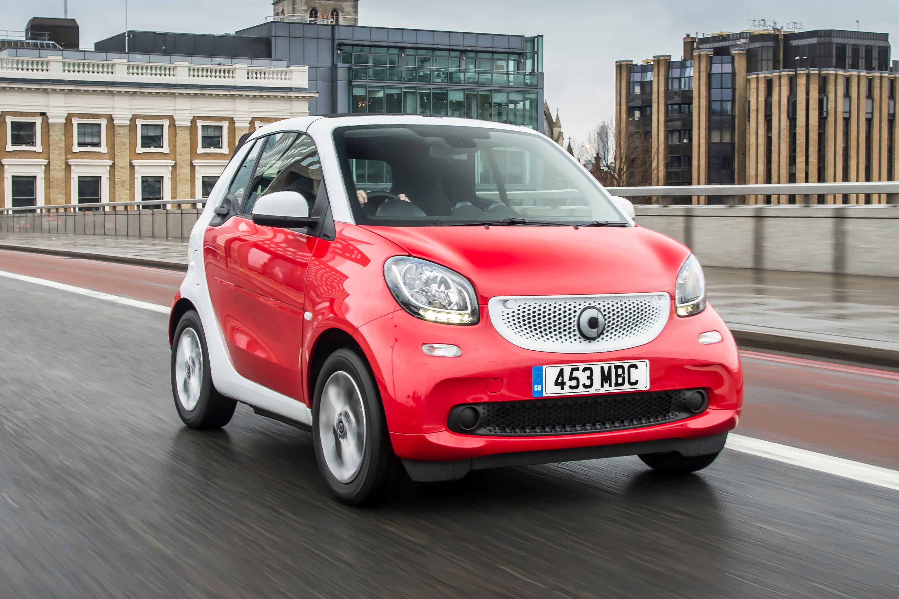 Smart Fortwo Cabriolet Front Side View