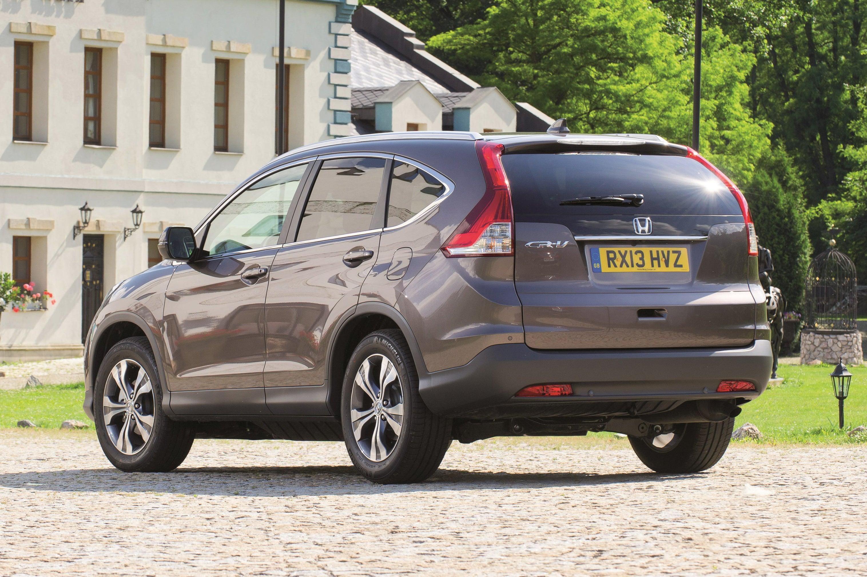 Honda CR-V backleft exterior