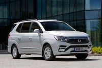 SsangYong Turismo Front Side View