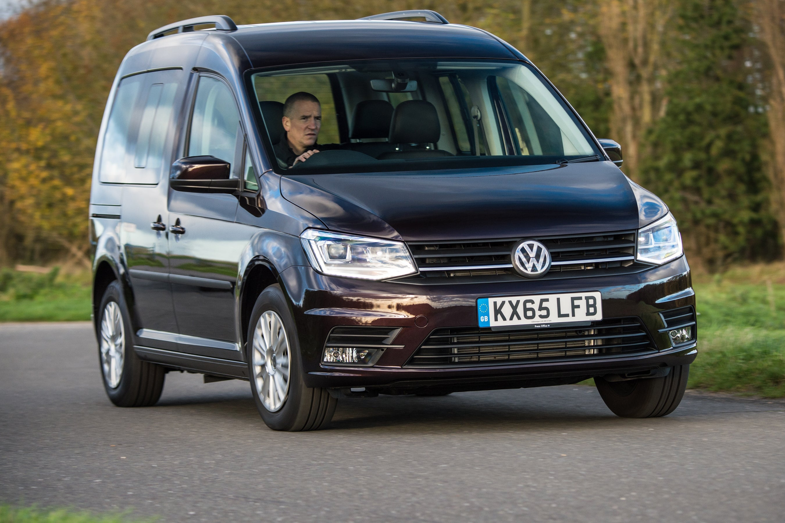 Volkswagen Caddy Life driving