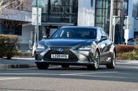 Lexus ES front exterior