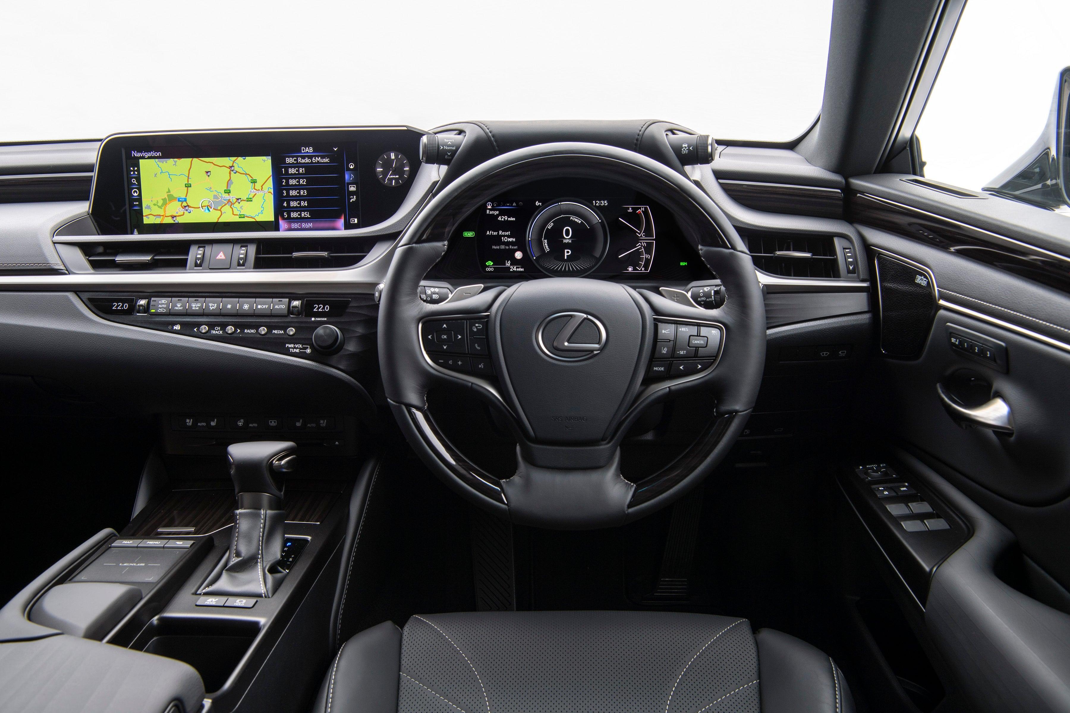 Lexus ES front interior