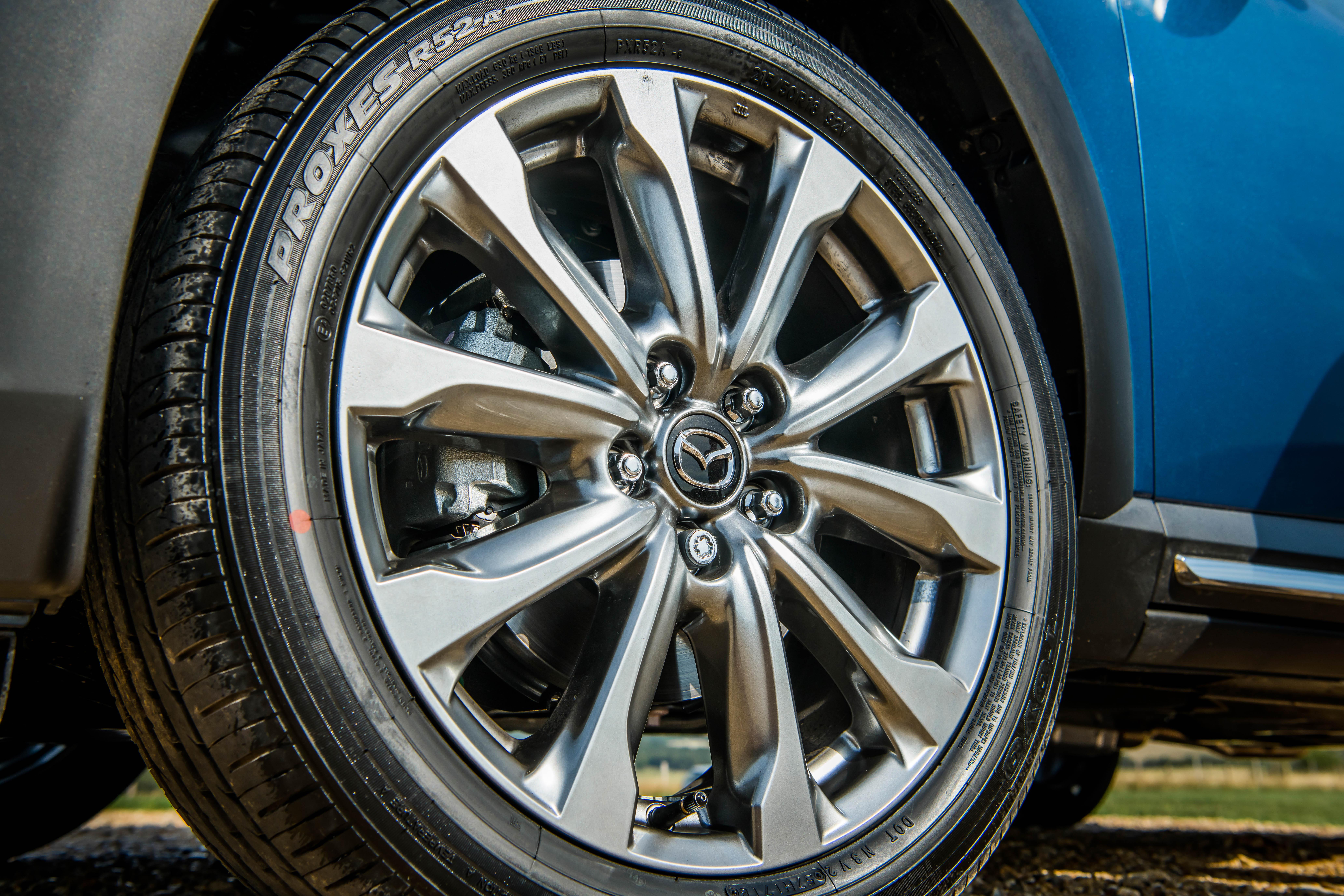 Mazda CX-3 alloy wheel