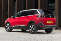 Peugeot 5008 2021 red