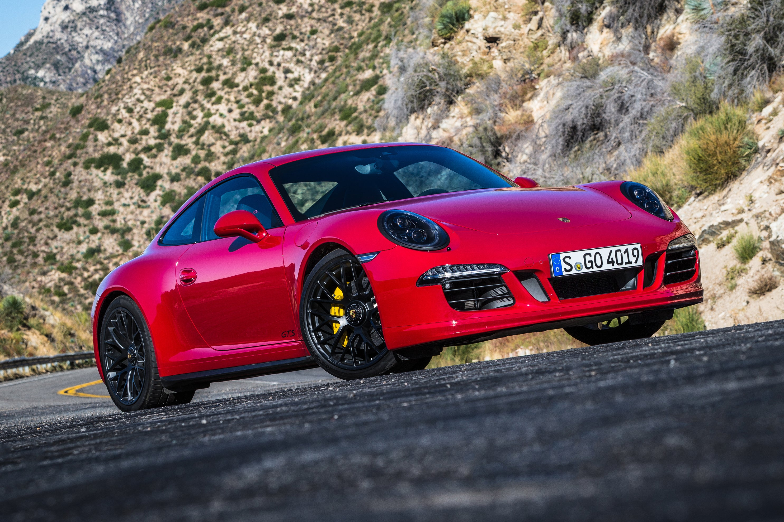 Porsche 911 GTS red