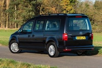 Volkswagen Caddy Maxi Life Rear Side View