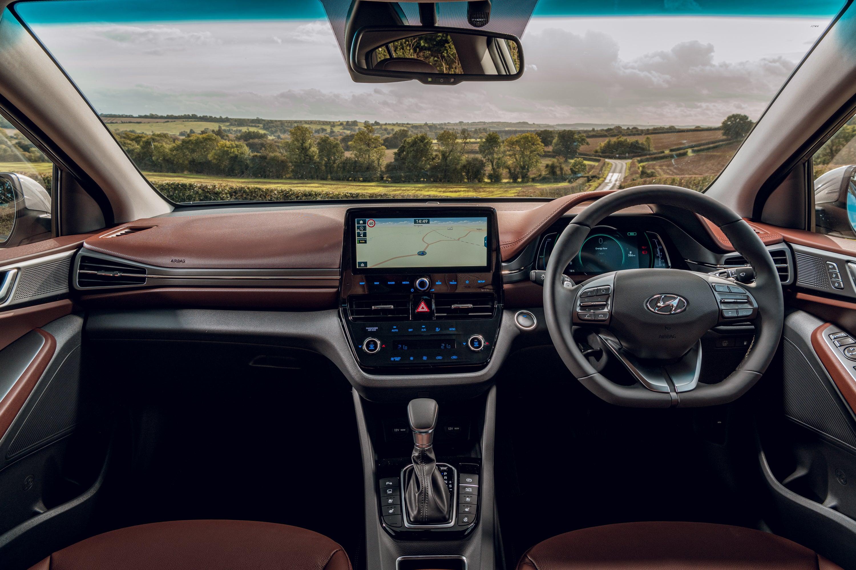 Hyundai Ioniq front interior