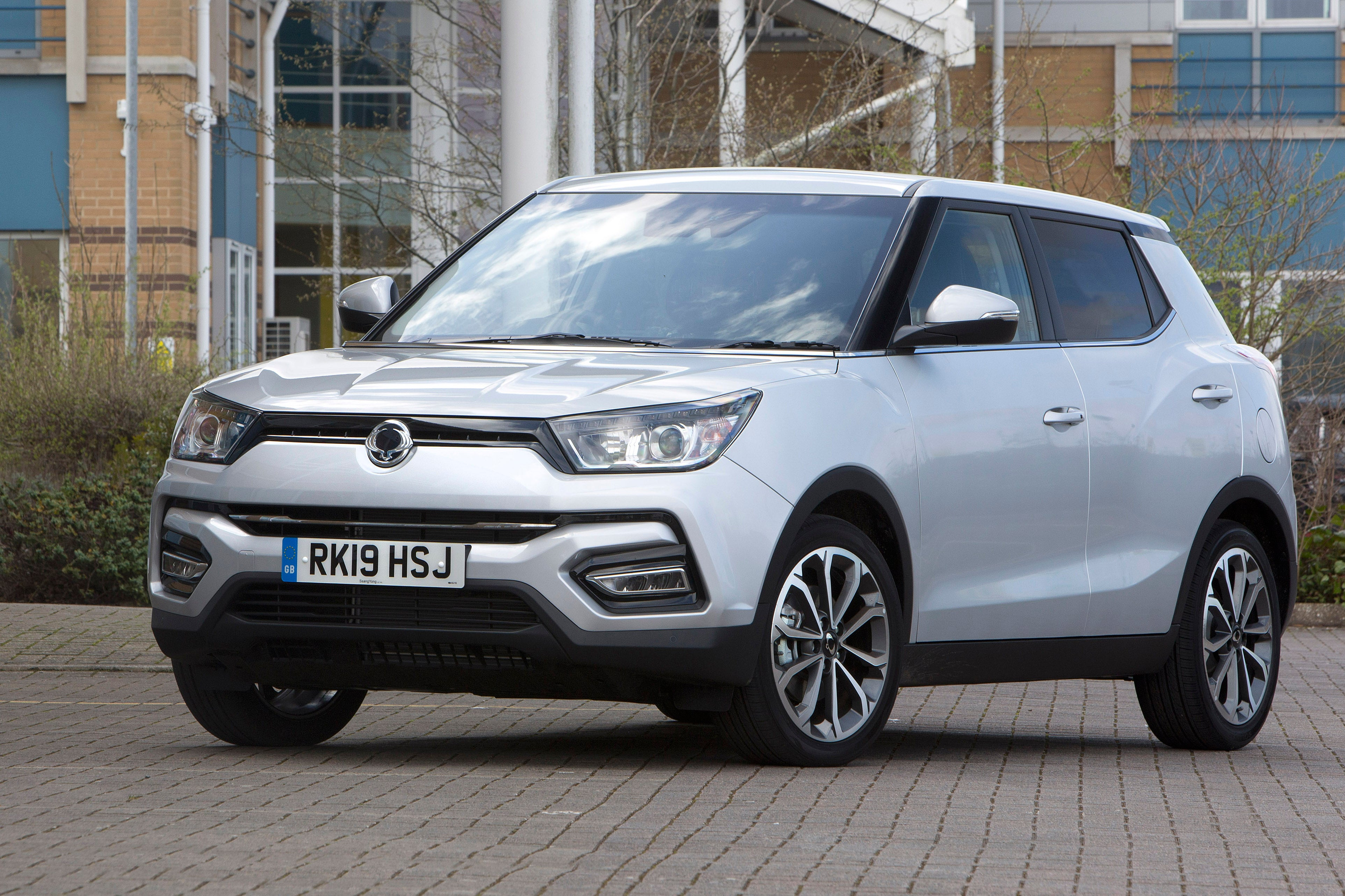 SsangYong Tivoli Front Side View