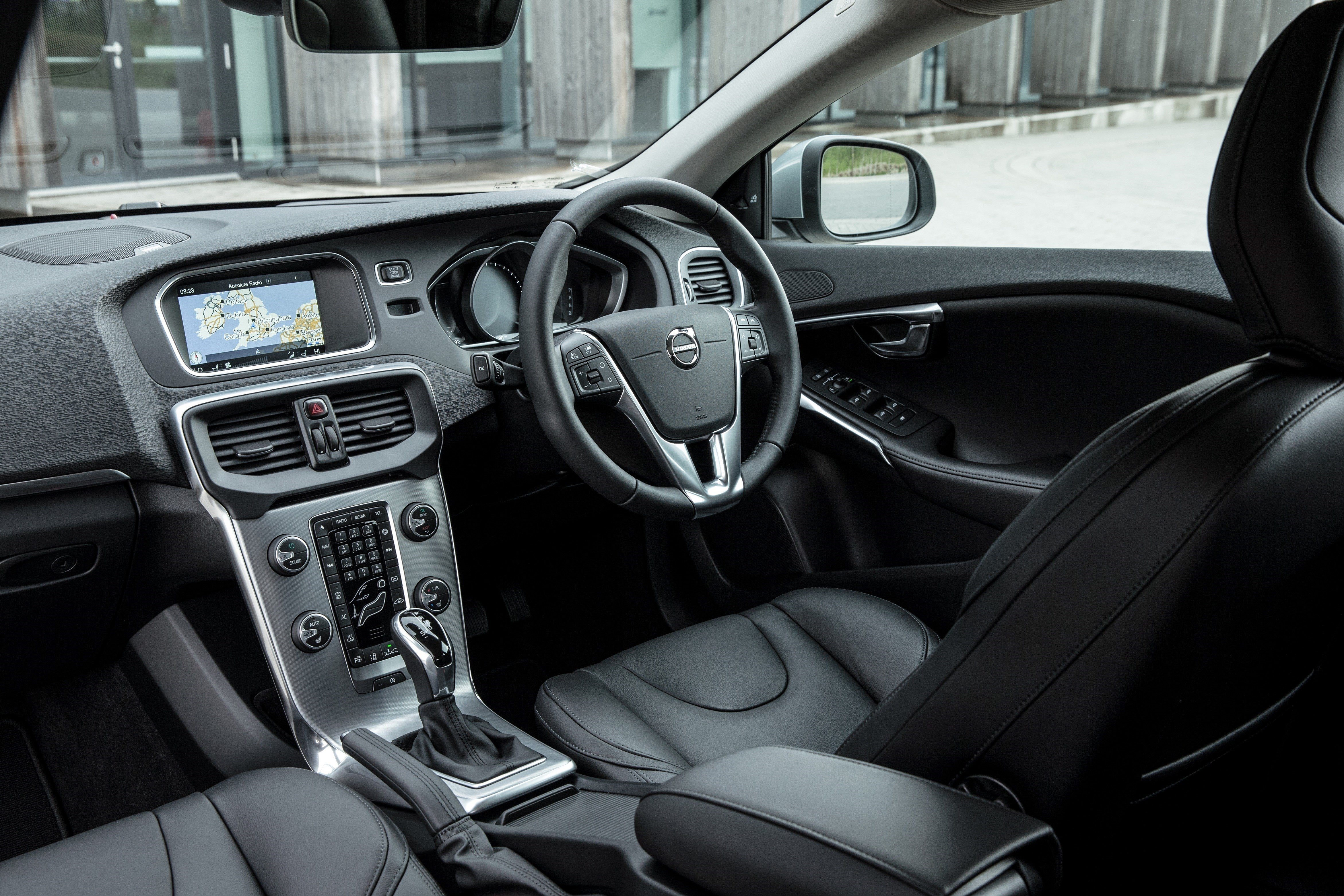 Volvo V40 Front Interior