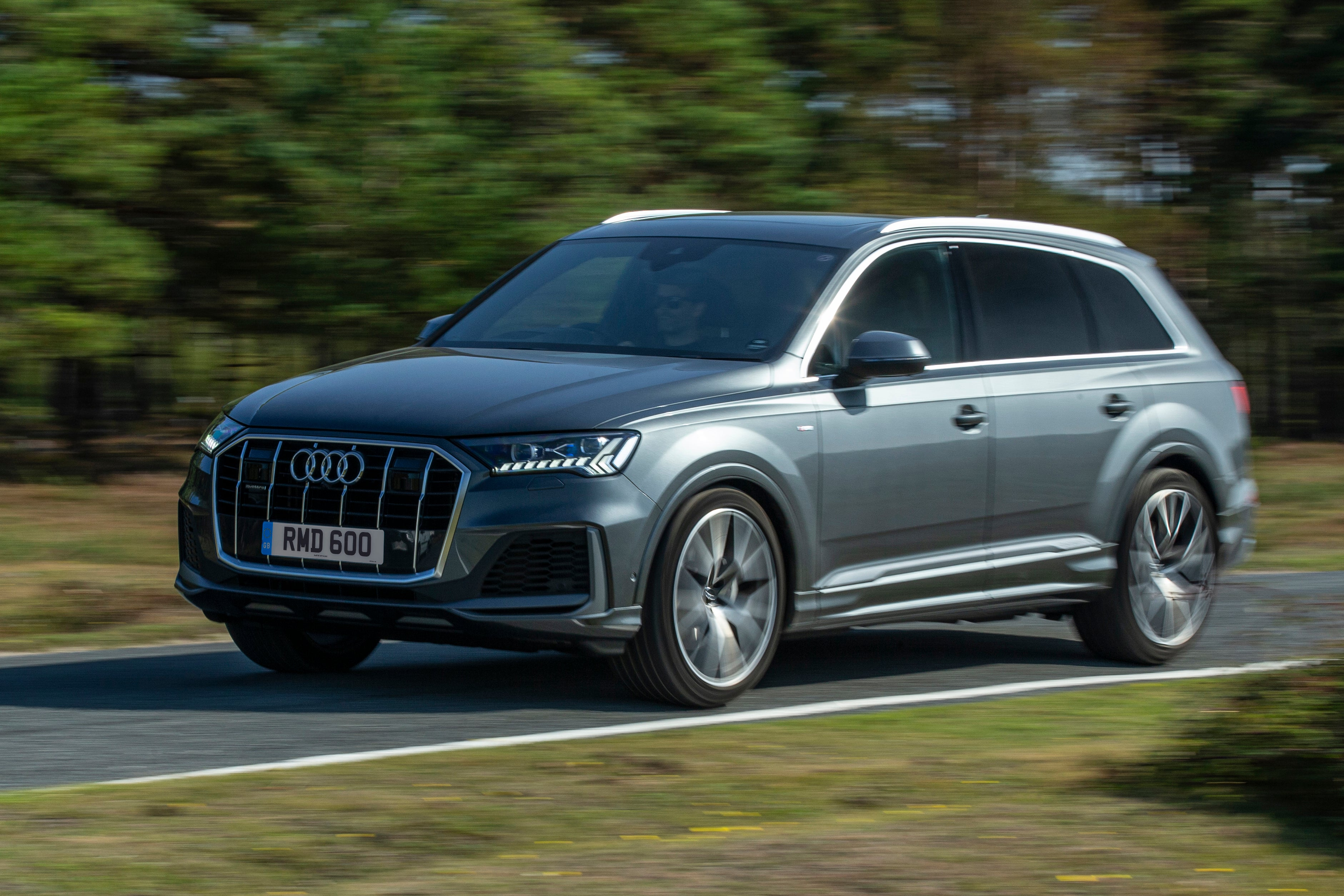 Audi Q7 Driving Front