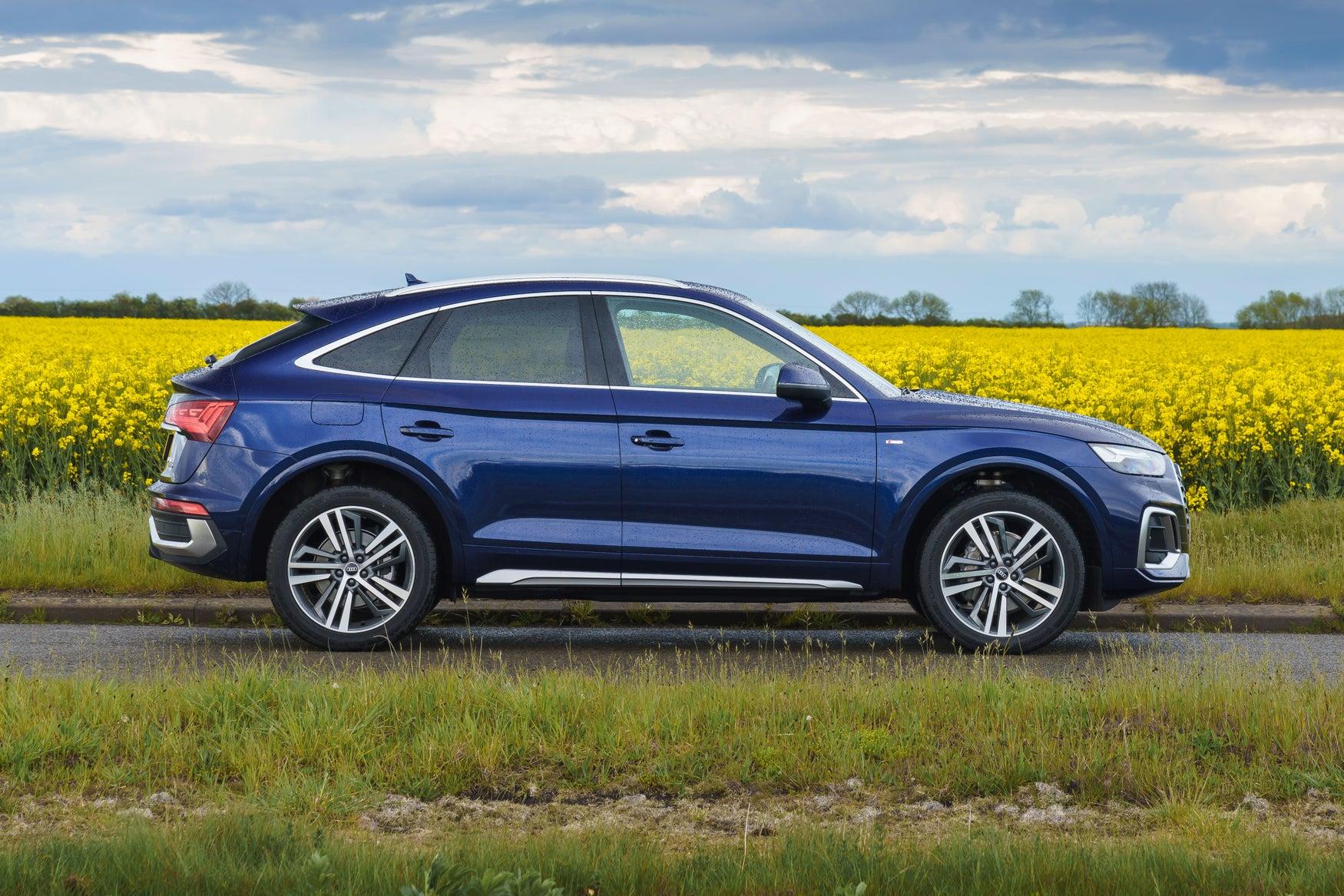 Audi Q5 Sportback side