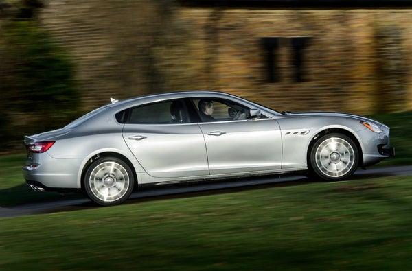 Maserati Quattroporte right exterior