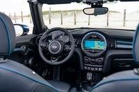 MINI Convertible front interior