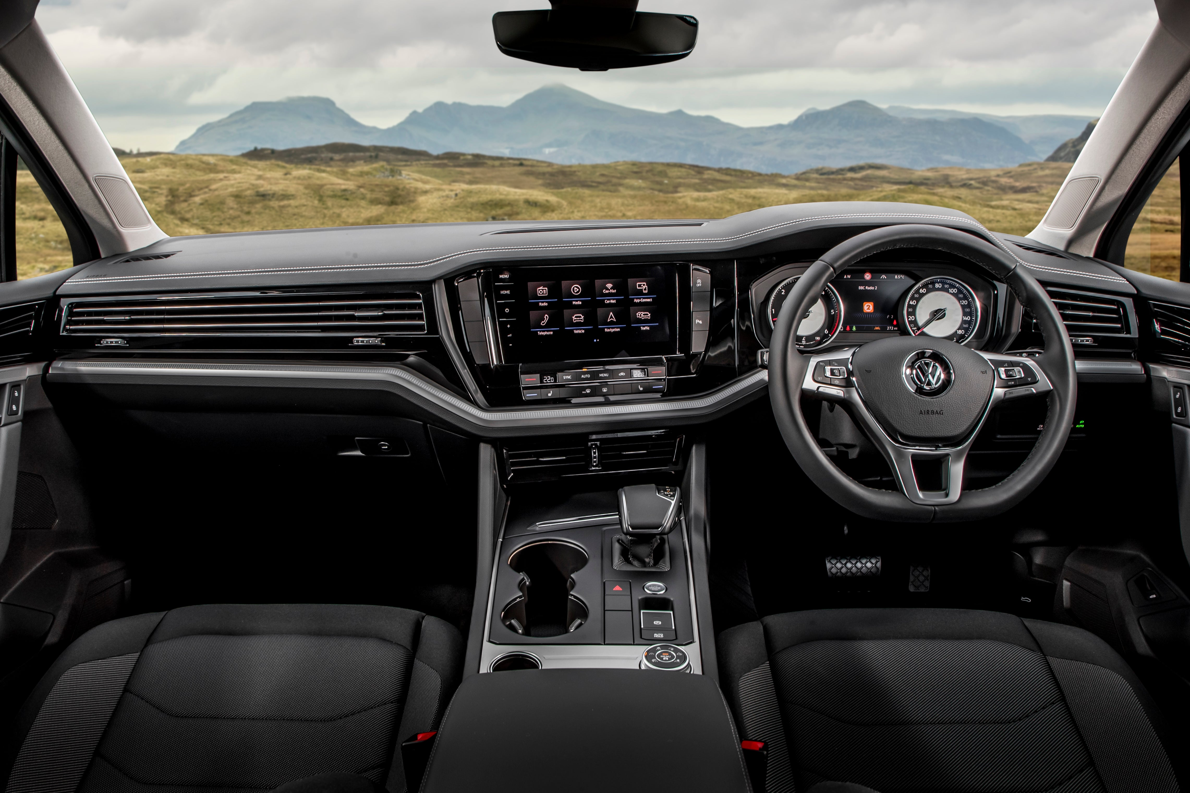 Volkswagen Touareg Front Interior