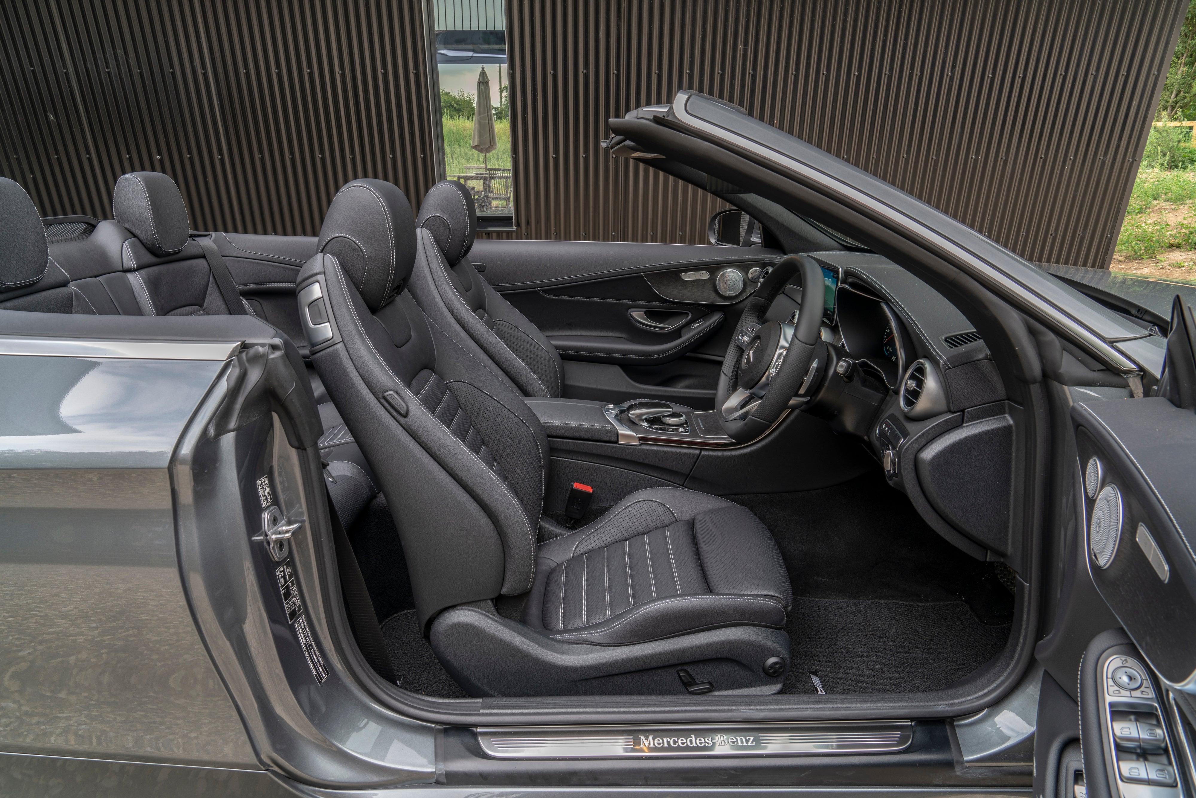 Mercedes C-Class Cabriolet side interior