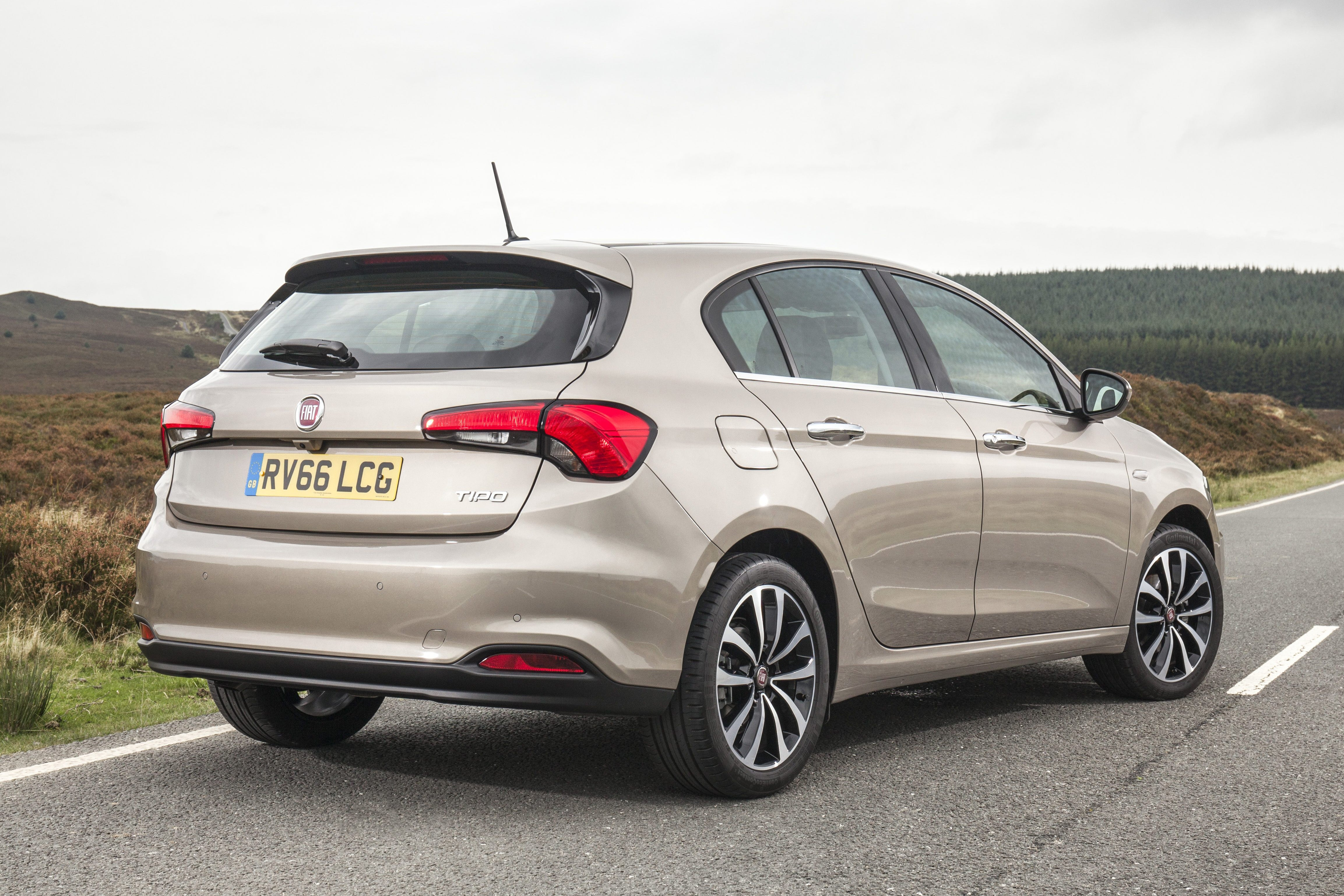 Fiat Tipo Back
