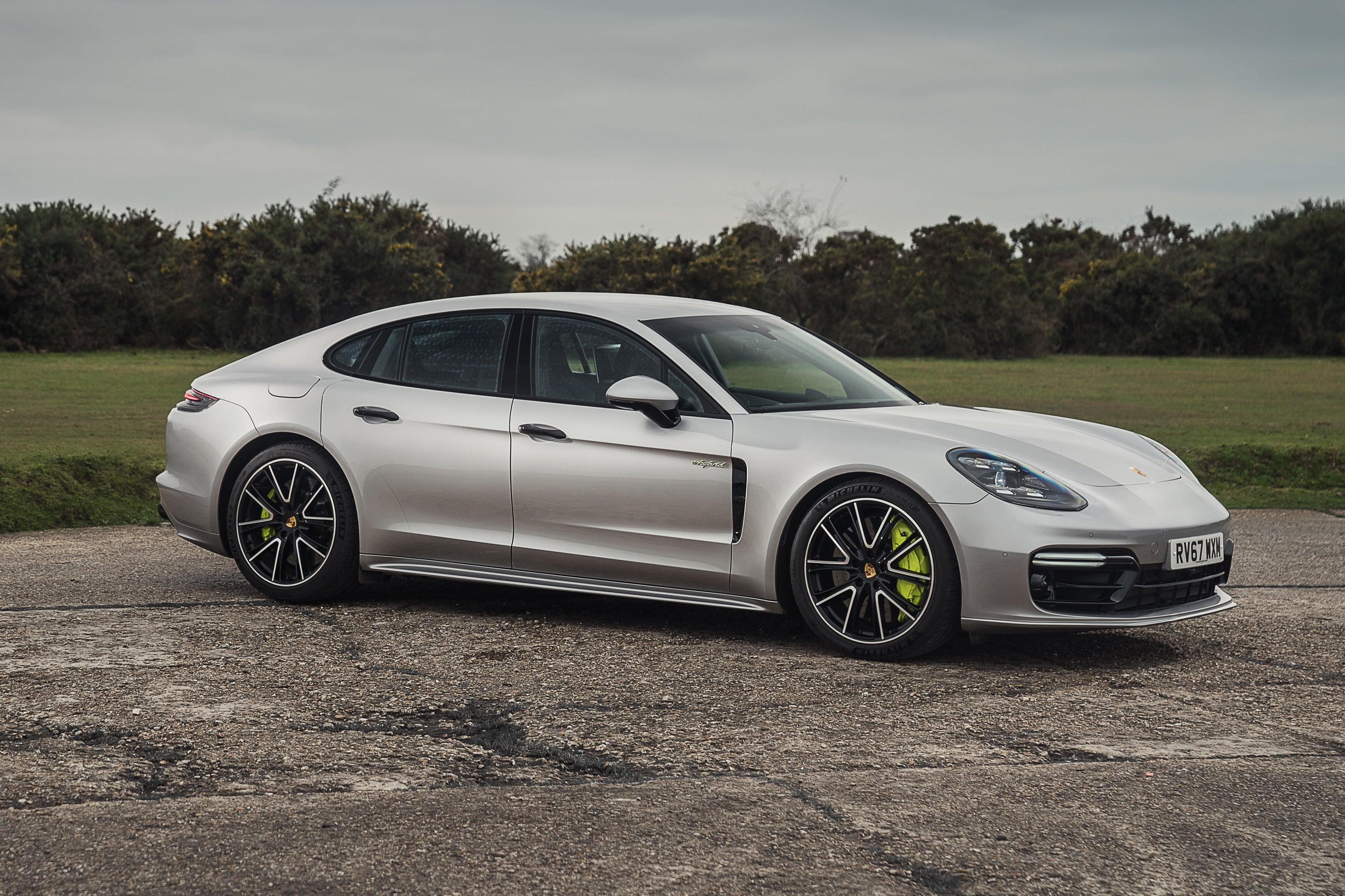 Porsche Panamera Right Side View