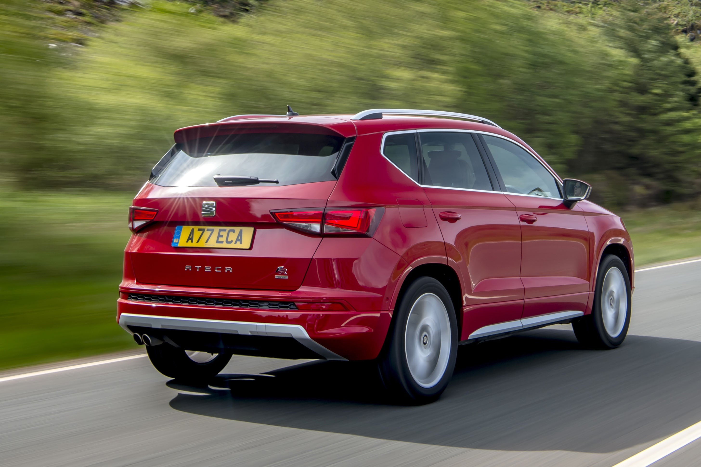 SEAT Ateca Rear Side View